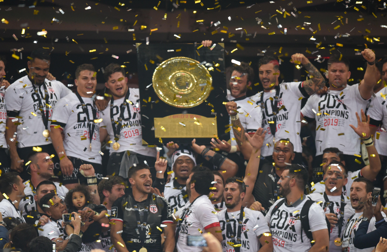 Rugby - Top 14 - Toulouse: le beau geste de Jerome Kaino pour Julien Marchand à la remise du bouclier