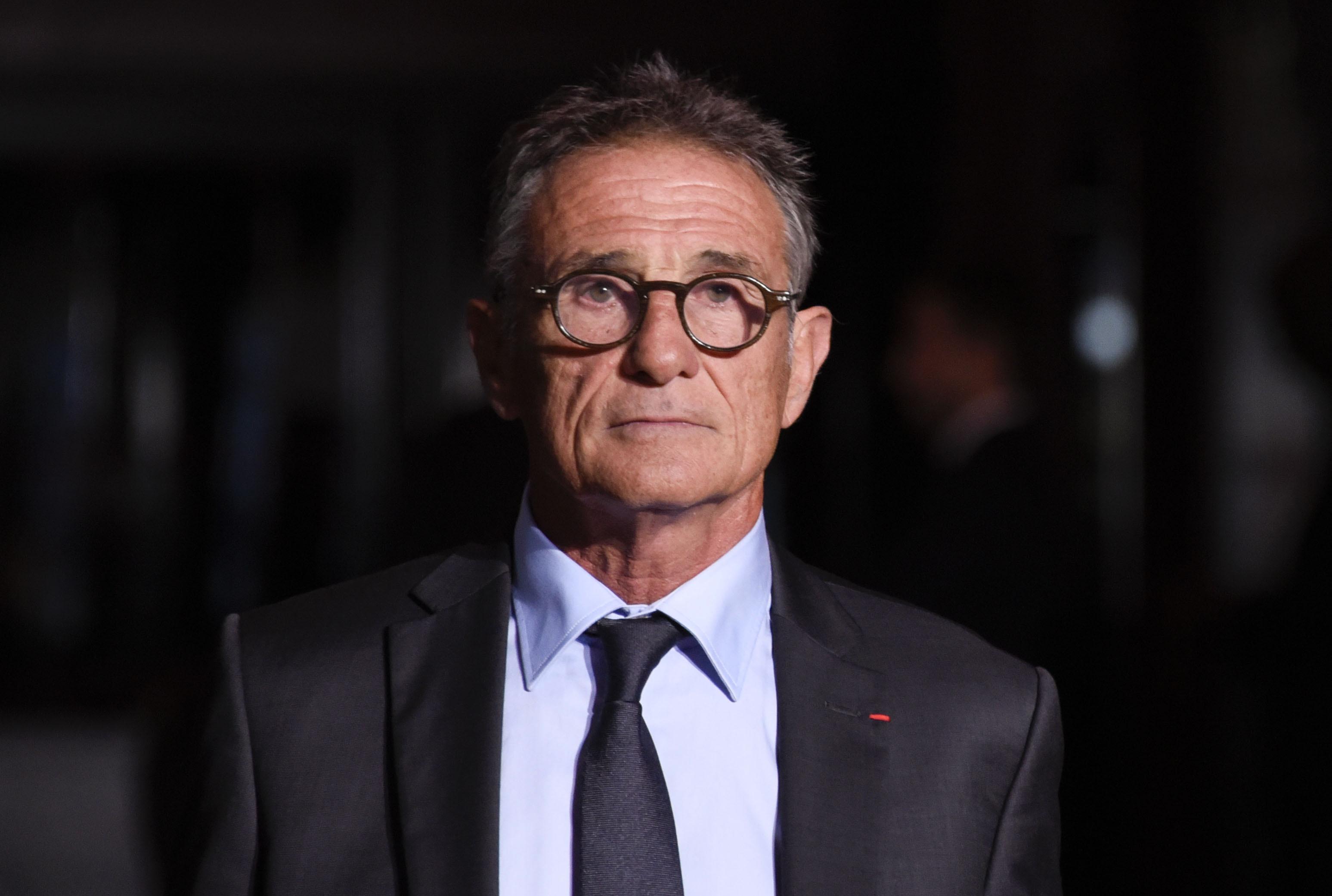 Rugby - XV de France - Guy Novès réclame le prix fort pour son licenciement