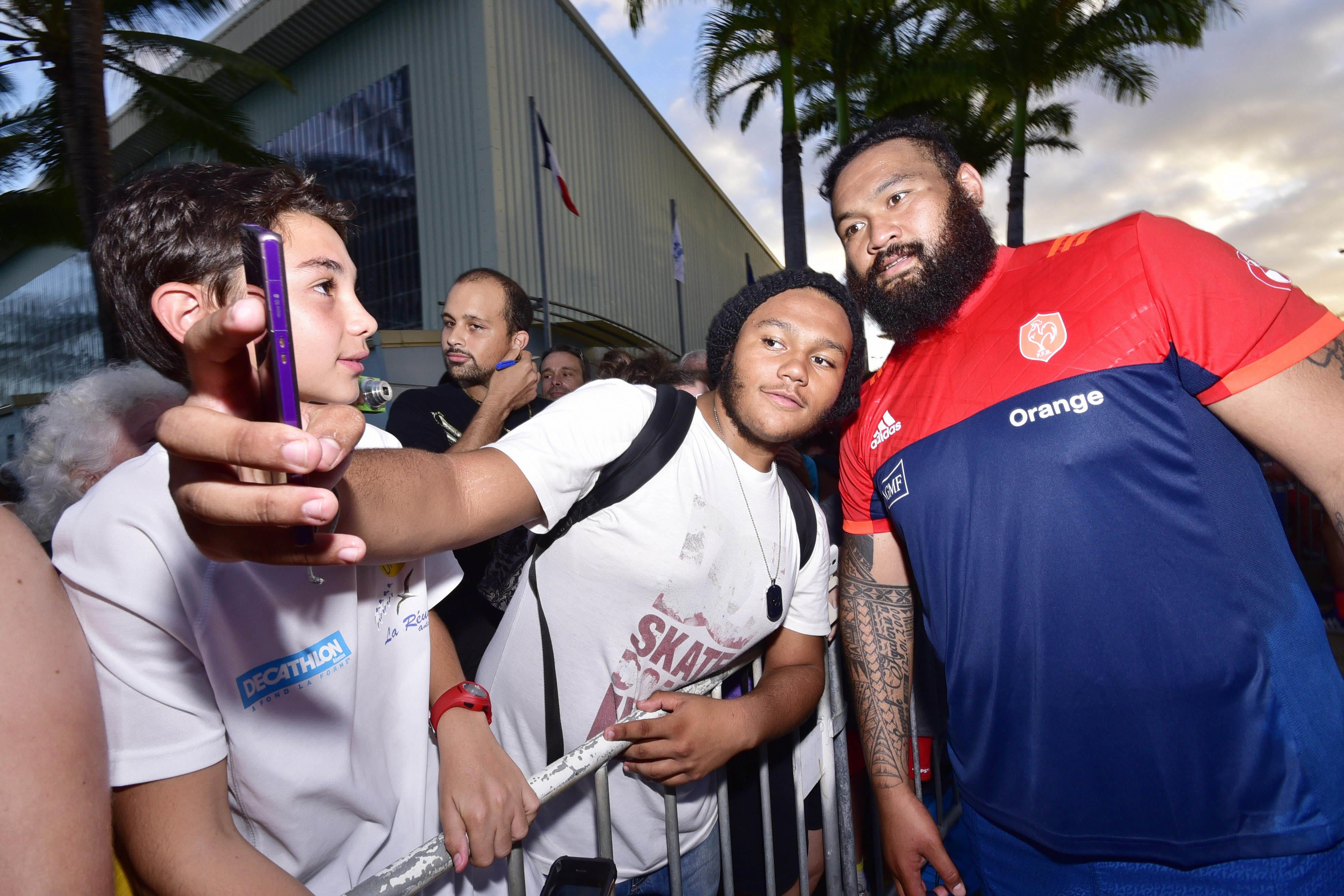 Rugby - XV de France - Laporte balance sur les Rochelais, le club réplique