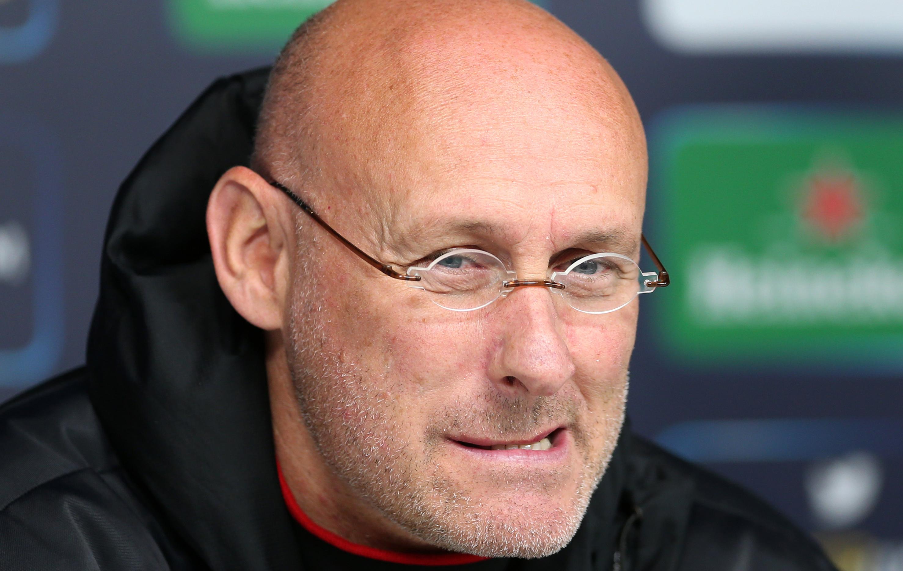 Rugby - XV de France - Un étranger à la tête des Bleus ? «Dramatique» pour Laporte