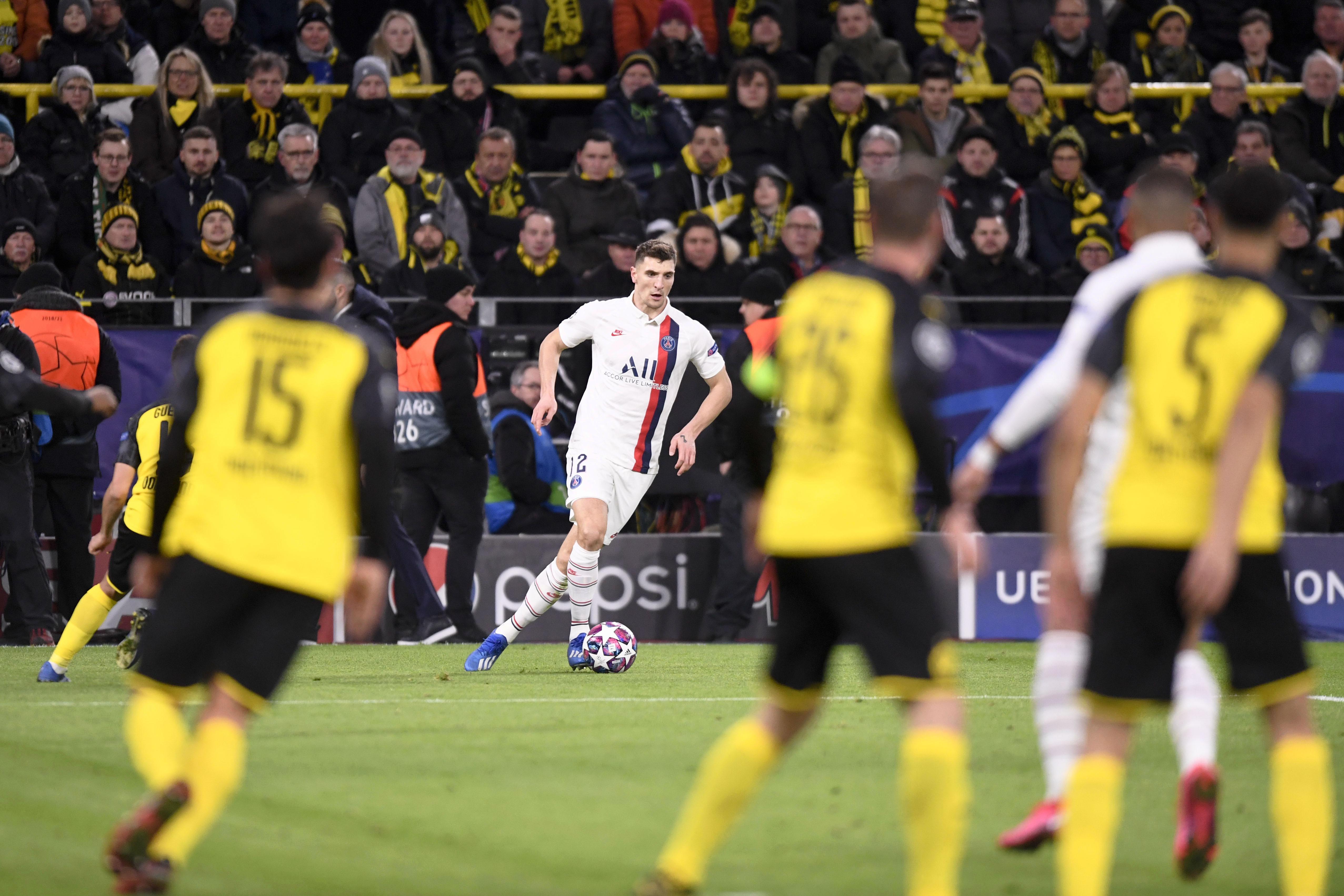 Dortmund-PSG : Meunier ne savait pas qu'il risquait une suspension en cas de carton jaune