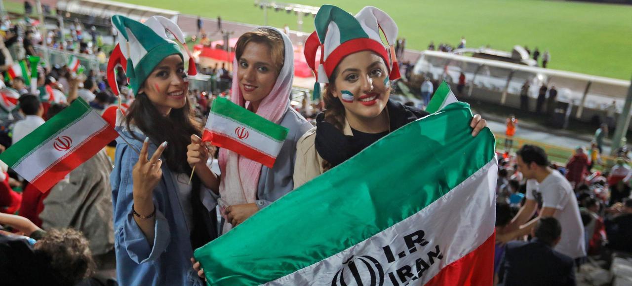 Scan Sport - Iran : morte pour avoir voulu aller au stade