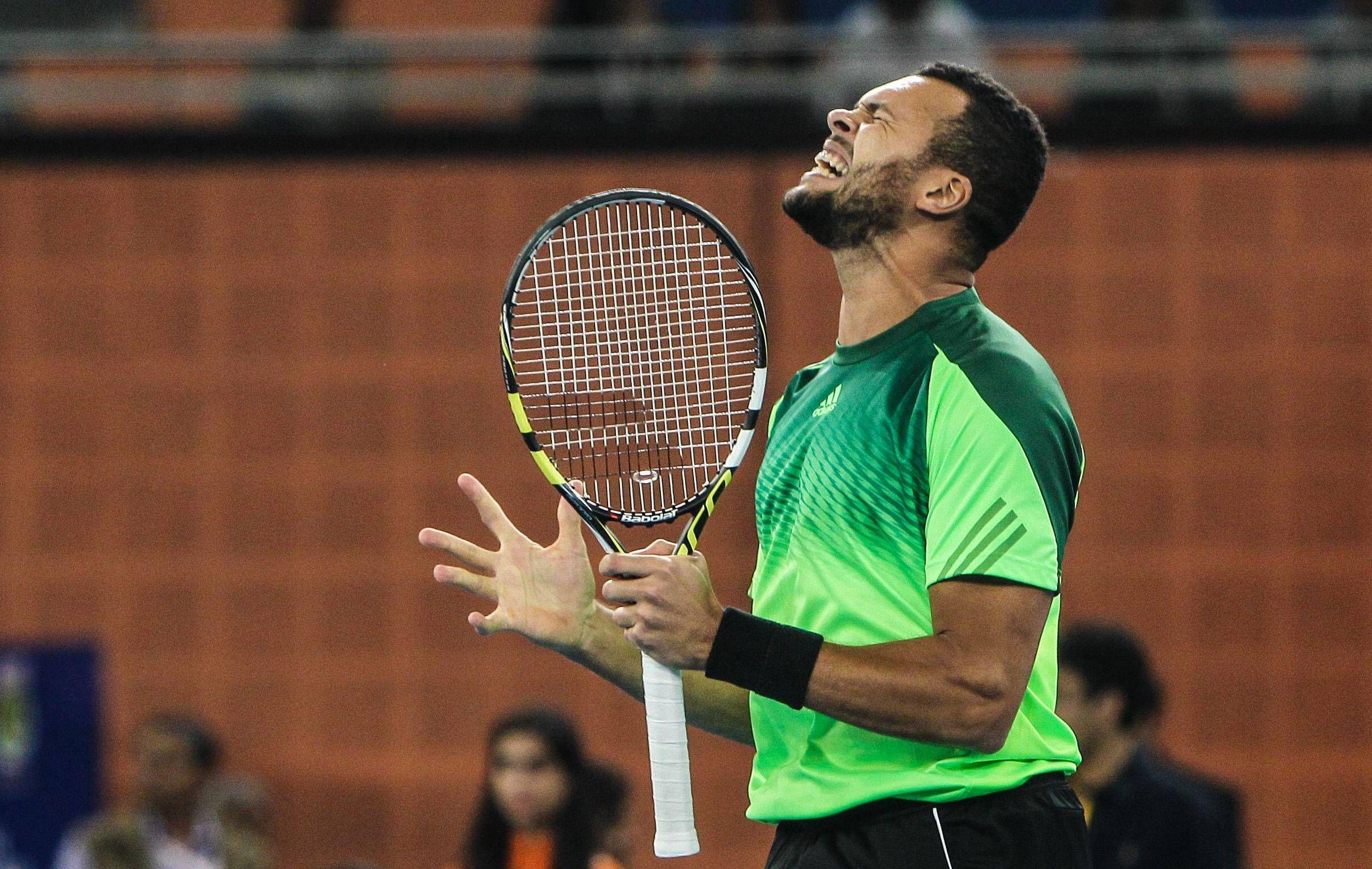 Tennis - Tsonga lance 2015 par un forfait