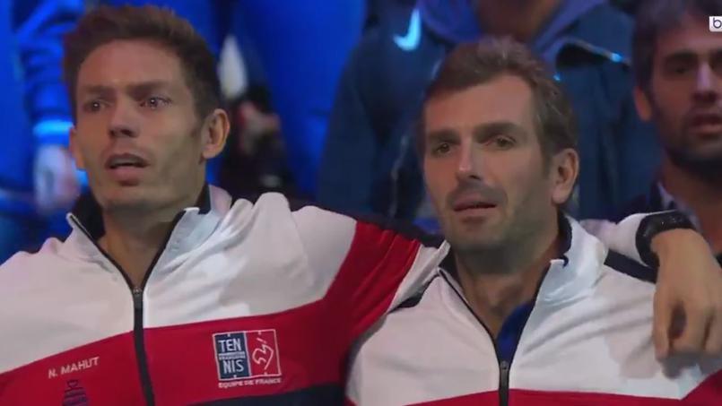 Tennis - Coupe Davis - Coupe Davis : les larmes de Benneteau et Mahut pendant la Marseillaise