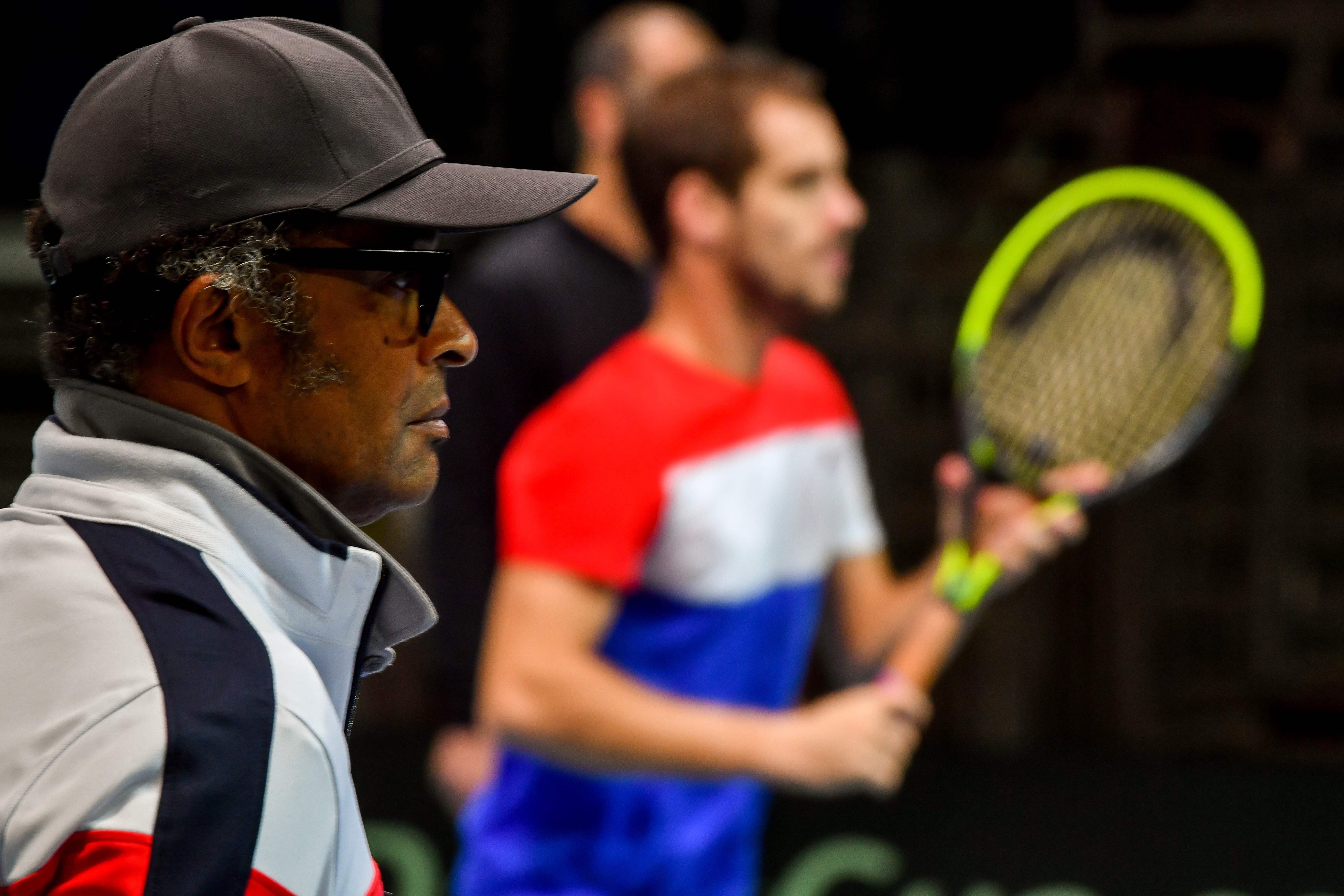 Tennis - Coupe Davis - Coupe Davis: Yannick Noah en clair-obscur
