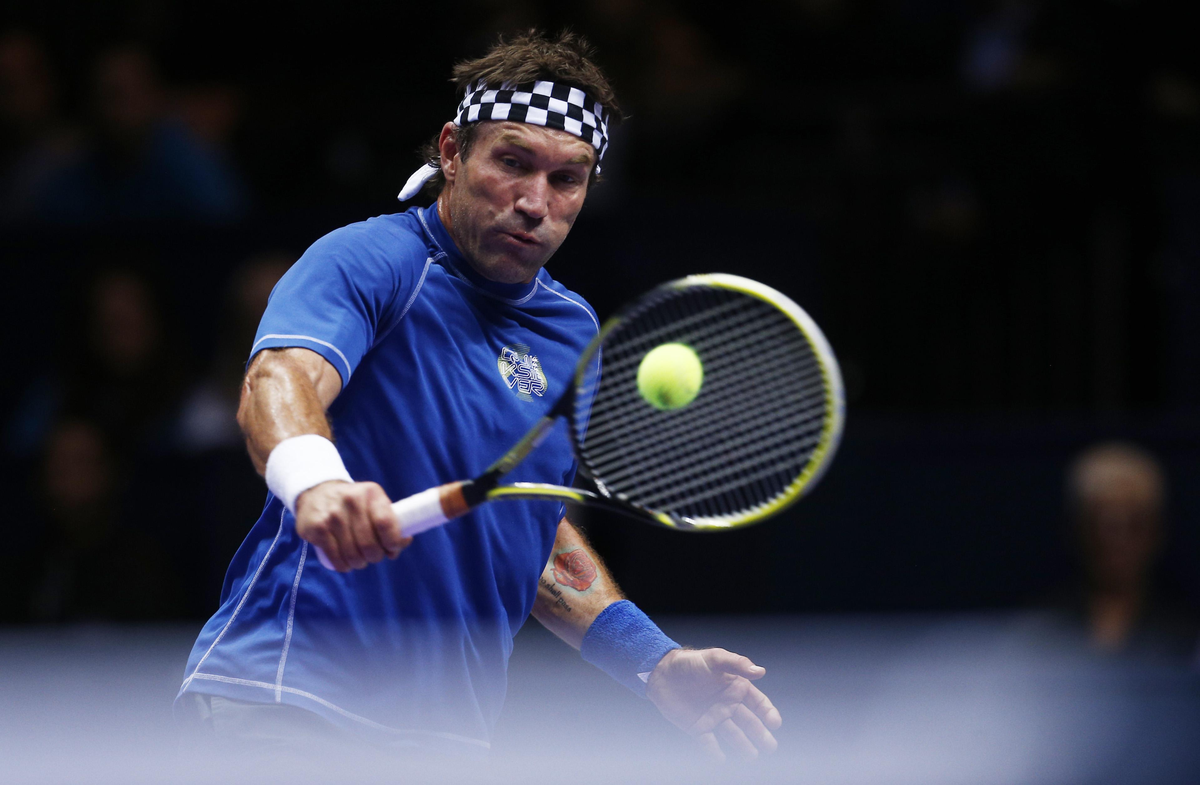 Tennis : Open Australie - Pat Cash accuse Roger Federer de «tricherie légalisée»