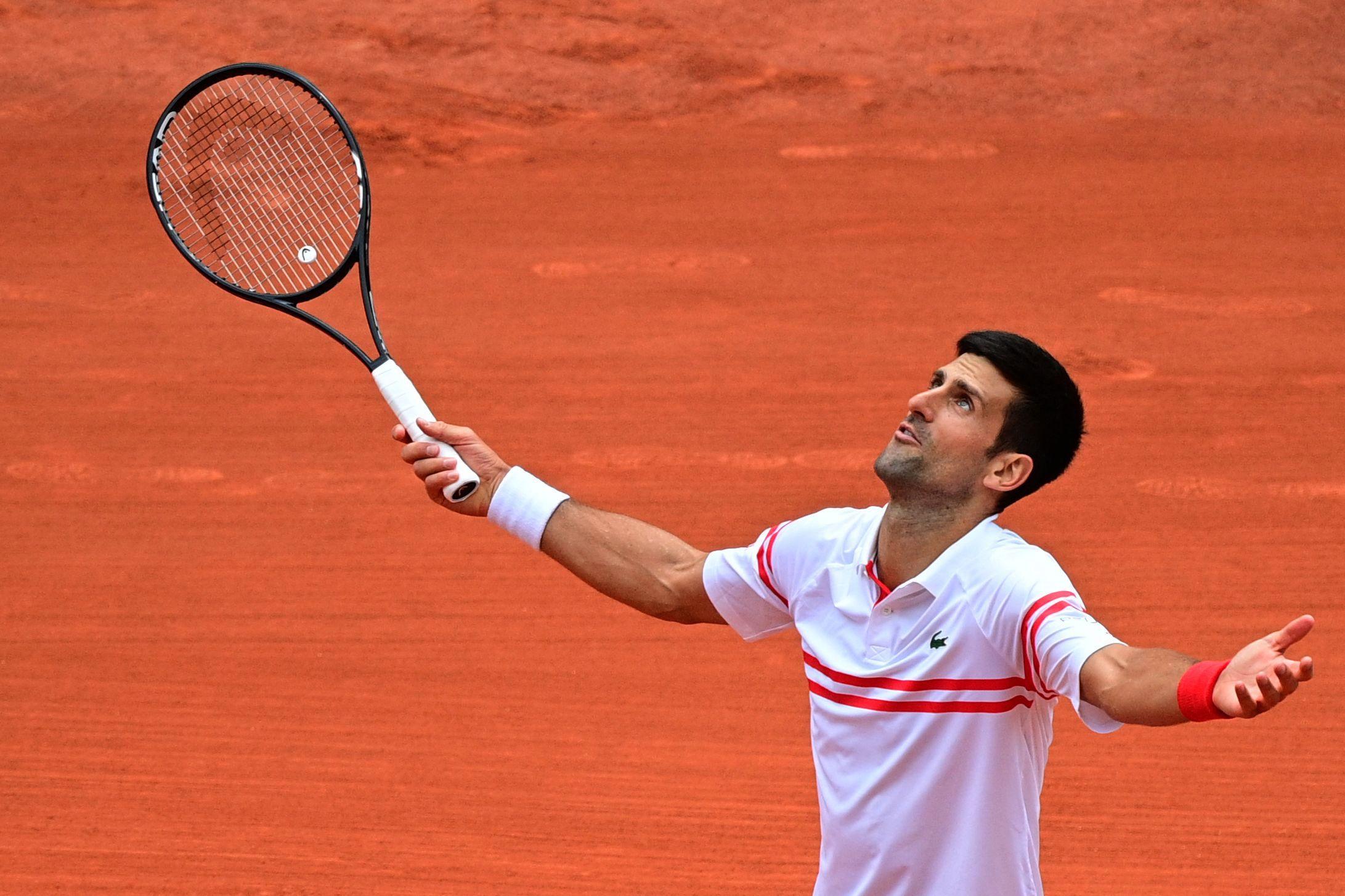 Tennis - Roland-Garros - Djokovic s'est fait peur mais finit par imposer sa loi : «Après la pause, je me suis senti différent»