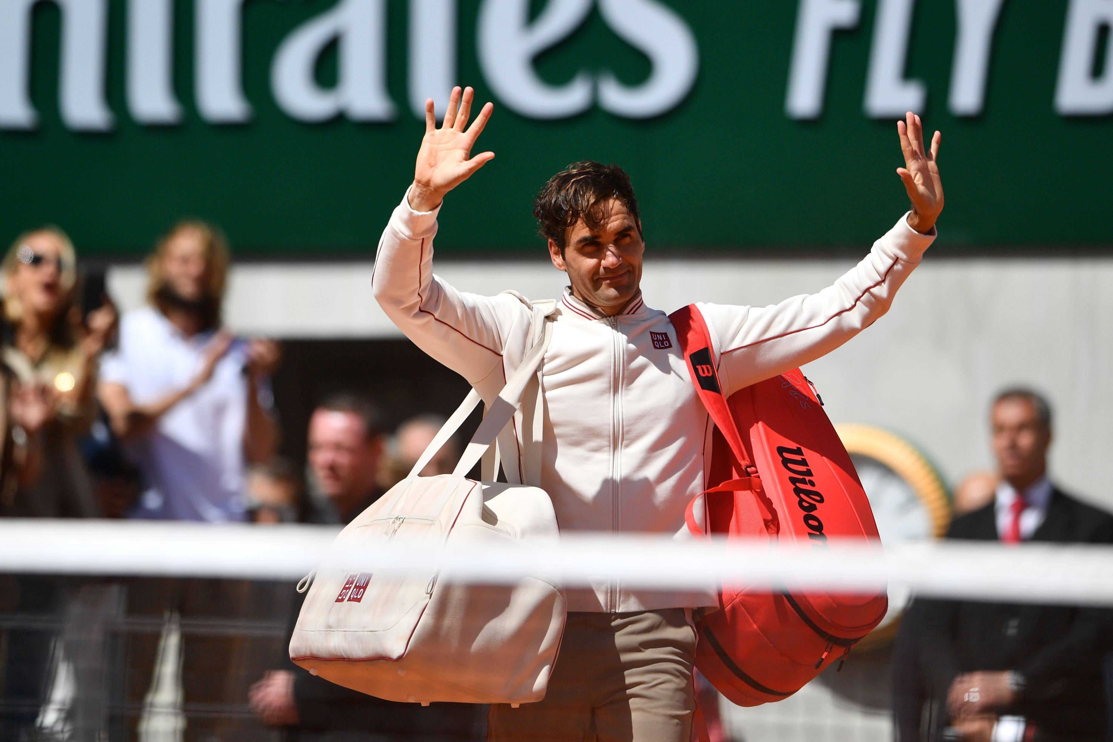 Tennis - Roland-Garros - Federer, éliminé par Nadal : «Avec ce vent de fou, s'il y avait eu le toit, il se serait envolé !»
