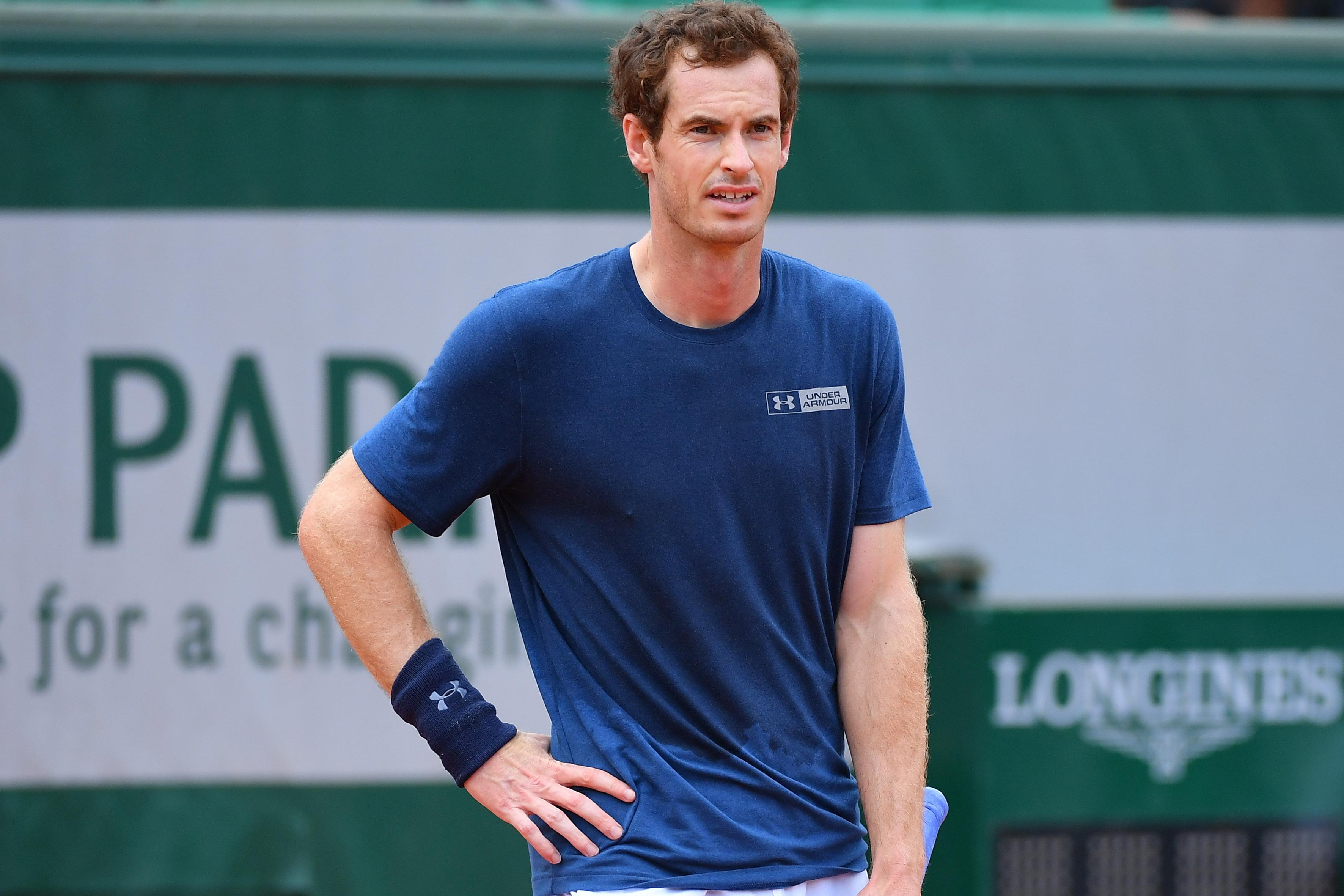Tennis - Roland-Garros - Le numéro 1 mondial n'est plus que l'ombre de lui-même