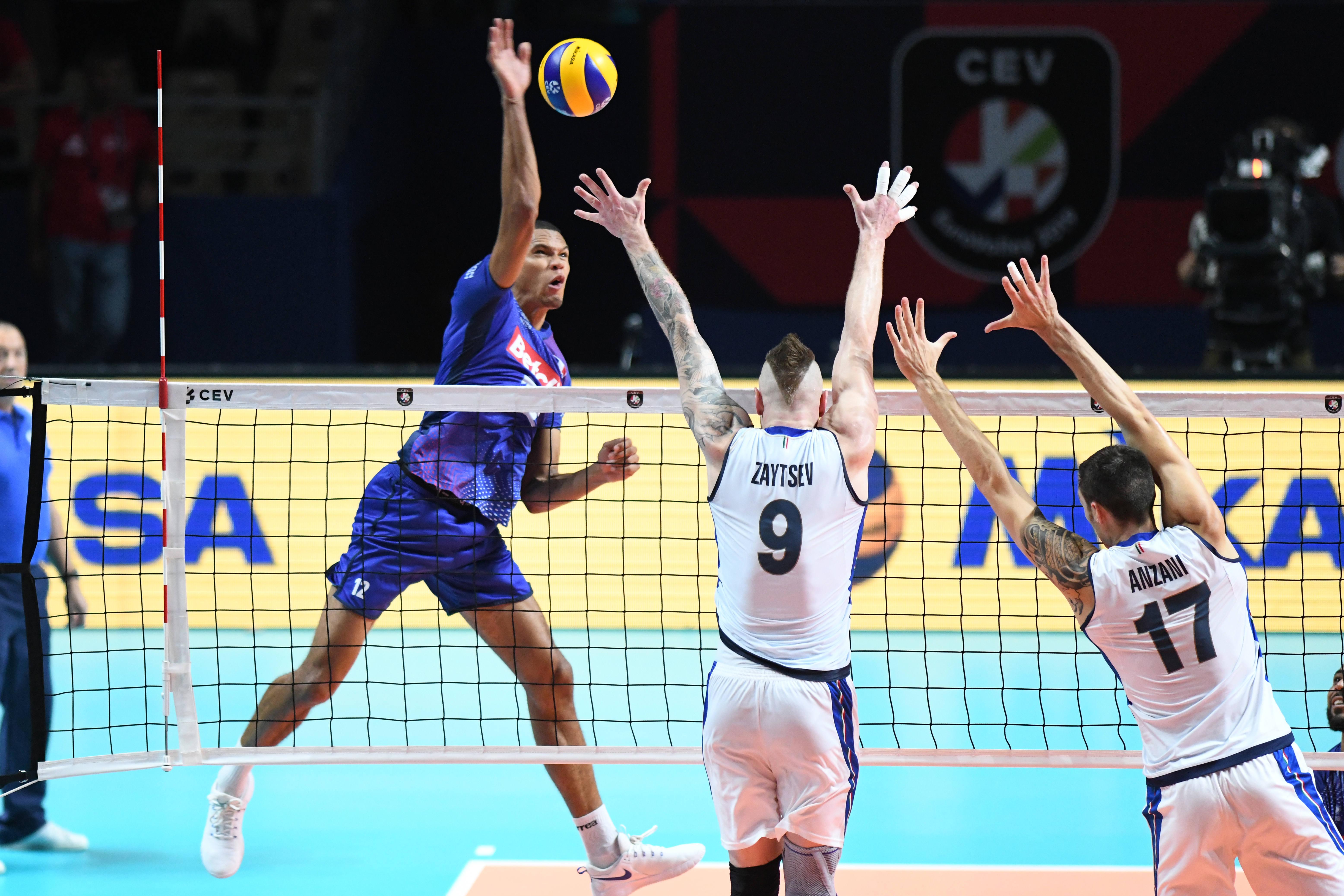 Volley - Equipe de France - Euro de volley : après l'Italie, les Bleus veulent renverser la Serbie