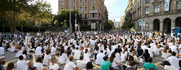 Covid-19 : les mesures prises par les pays européens touchés par la résurgence épidémique