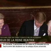Pays-Bas : Beatrix et Willem-Alexander signent l'acte d'abdication