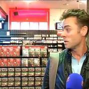 Virgin des Champs-Elysées: les clients émus par la fermeture