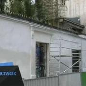 Le mur de l'hôtel particulier de Gainsbourg nettoyé