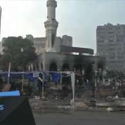 Egypte : opérations de déblayage au lendemain des affrontements