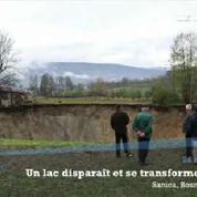 Bosnie : un lac disparaît et laisse place à un immense cratère