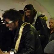M a fait un concert surprise dans le métro parisien