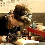 Tatouages: les couleurs ne devraient pas être interdites