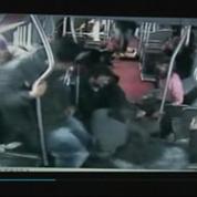 Seattle : Les passagers d'un bus désarment un braqueur