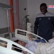 Le PSG handball rend visite aux enfants de l'hôpital Necker