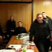 Goodyear: première nuit de séquestration pour deux dirigeants du site d'Amiens-Nord