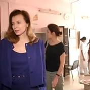 Première apparition publique à Bombay pour Valérie Trierweiler