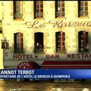 Inondations: le propriétaire d'un hôtel de Quimperlé bloqué à sa fenêtre