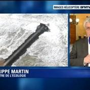 Cargo échoué : «Il y a un risque de pollution maritime et terrestre» indique Philippe Martin