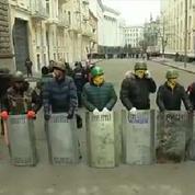 Kiev : les insurgés prennent le contrôle des rues