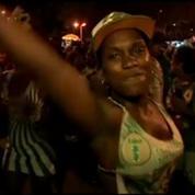Carnaval de Rio: certaines troupes bannissent les danseuses siliconées