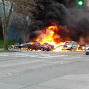 Un hélicoptère s'écrase en pleine ville à Seattle