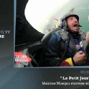 Zapping TV : la frayeur d'un journaliste de Canal+ dans un avion de voltige