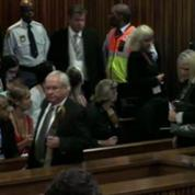 Bousculade à l'arrivée d'Oscar Pistorius au tribunal