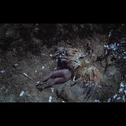 Lady Gaga, ange foudroyé dans son nouveau clip