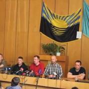 Ukraine : les otages de l'OCSE présentés à la presse
