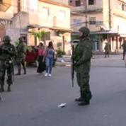 Brésil: à deux mois du Mondial de football, l'armée prend le contrôle des favelas de Rio