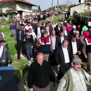 Dans toute la Turquie, les familles des mineurs organisent les funérailles