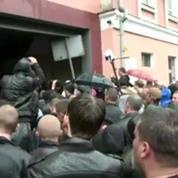 Ukraine: 2.000 pro-russes ont lancé un assaut contre le siège de la police à Odessa