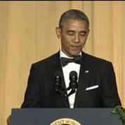 Obama plaisante sur sa popularité