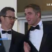 Cannes : la montée des marches de Robert Pattinson