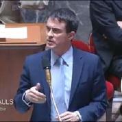 Valls allume la politique fiscale d'Ayrault