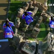 New York : l'équipe Red Bull survole Manhattan en wingsuit