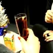 Vers une interdiction totale de l'alcool au bureau?