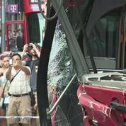 Accident impressionant entre deux bus en plein New York