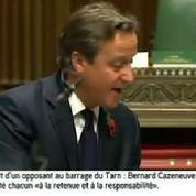 Bousculé par un joggeur : David Cameron ironise sur l'incident