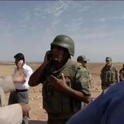 A la frontière turque, les Kurdes assistent au siège de Kobané