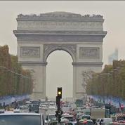 Noël: les nouvelles illuminations des Champs-Elysées bientôt dévoilées