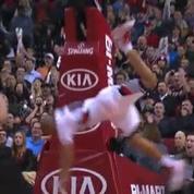 Basket : la chute de Nicolas Batum après un panier aérien