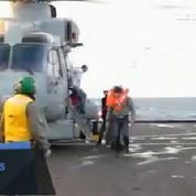 Ferry en feu : les premiers passagers secourus arrivent en Italie