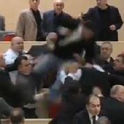 Géorgie : une bagarre éclate au Parlement